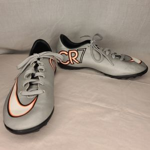 Nike CR7 Mercurial Indoor Shoes Size 2 Youth